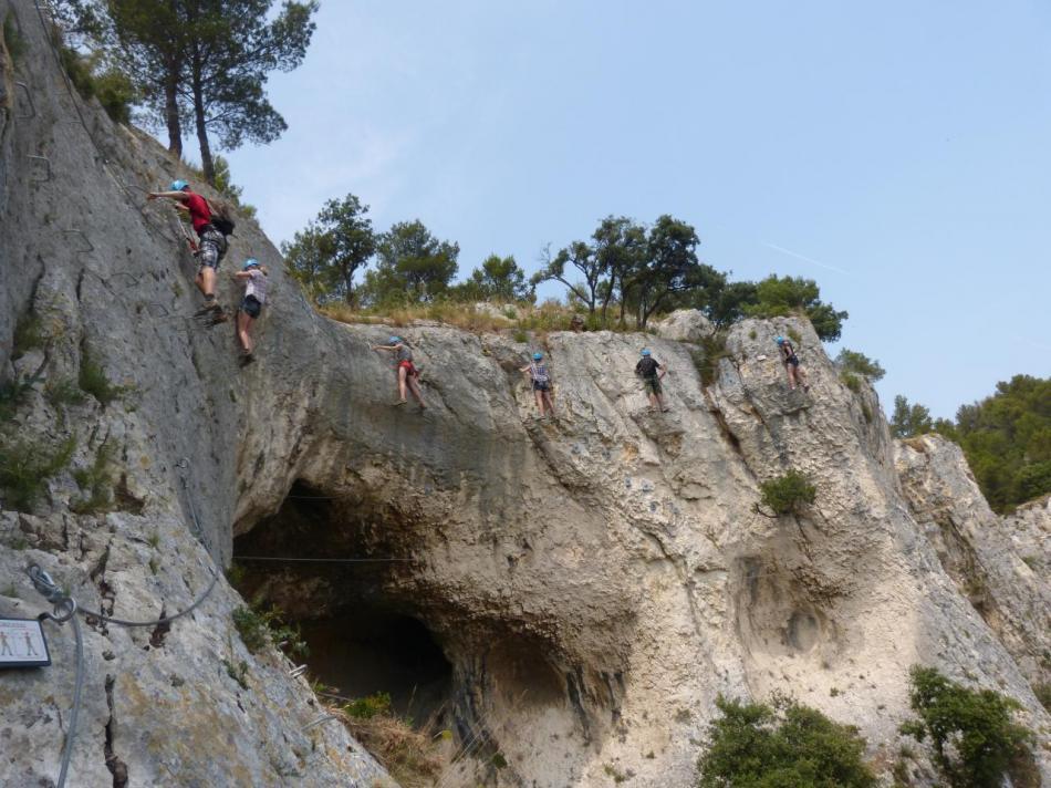 arrivée à la grotte des Baumes (parcours retour au dessus