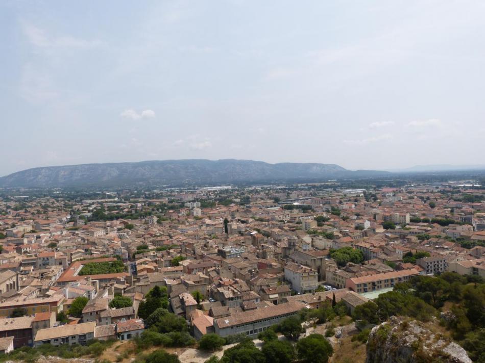 la ville de Cavaillon depuis la via ferrata