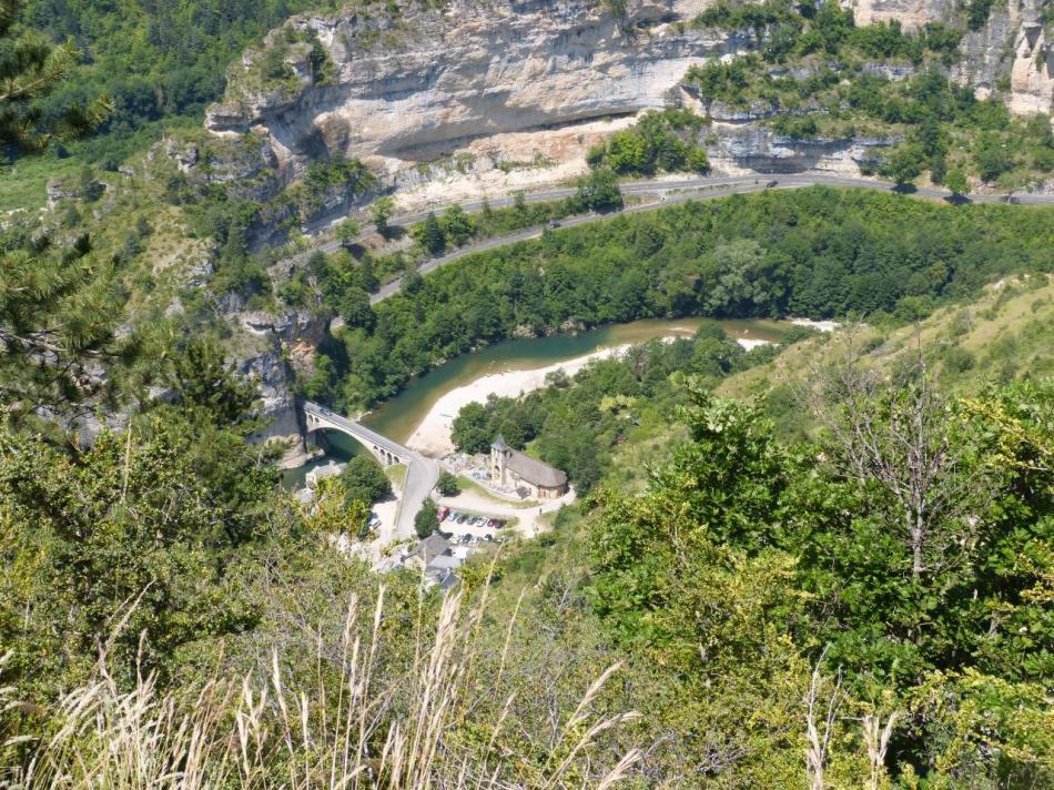 le village de St Chély du Tarn