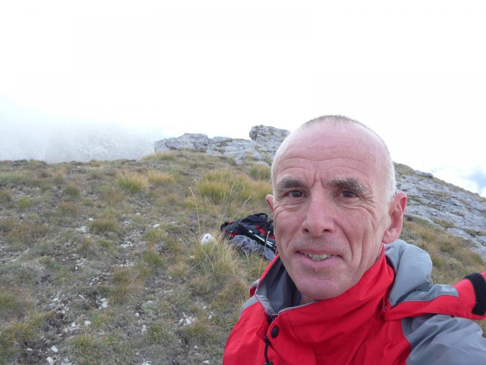 Au sommet de la Tour d' Août à Meyronnes