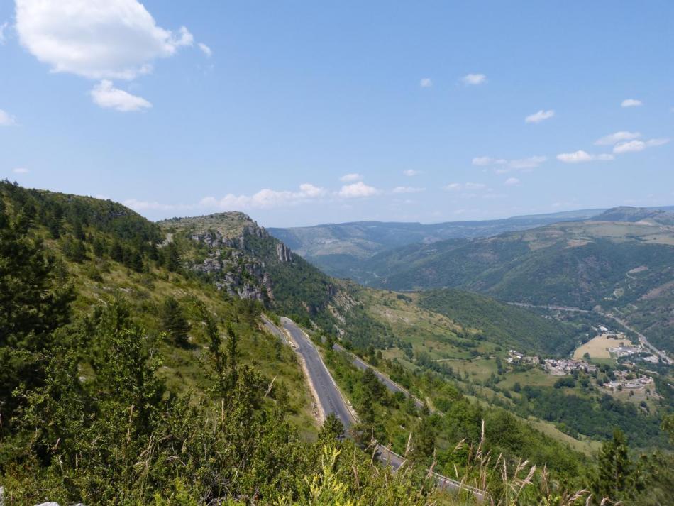 ... et le col de Perreplate dans la descente sur Florac !