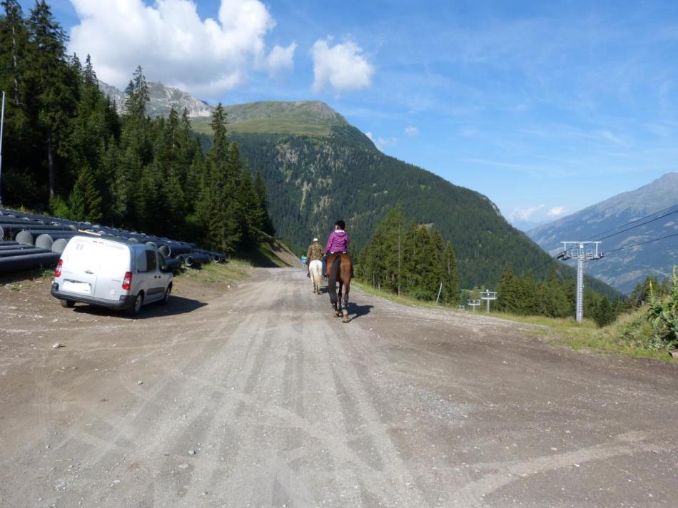 au dessus de Val Fréjus, sur la route du seuil à prosimité du TS Charmasson