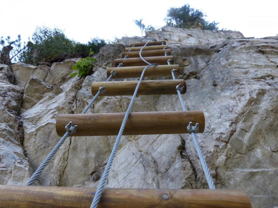 l' échelle en bois - via de Val Fréjus