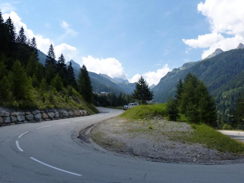 un des 14 lacets, en vue de Val Fréjus