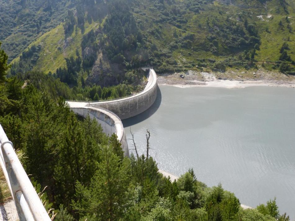 le barrage de Plan d' Aval