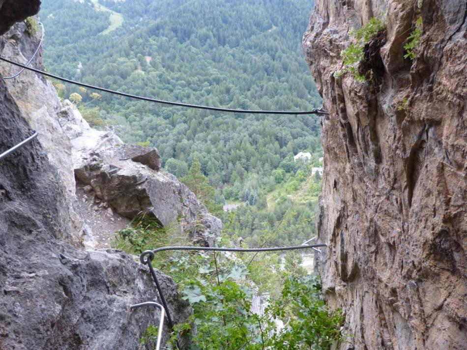 petit pont de singe à la sortie de la grotte (Rouas)