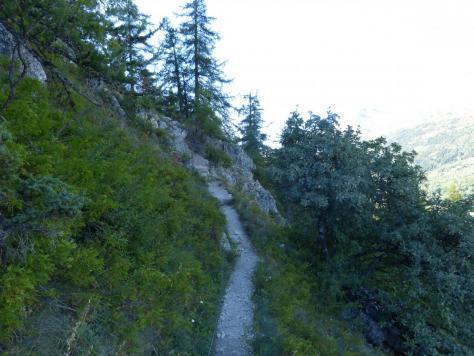 chemin d'accès câblé à la via ferrta du bez