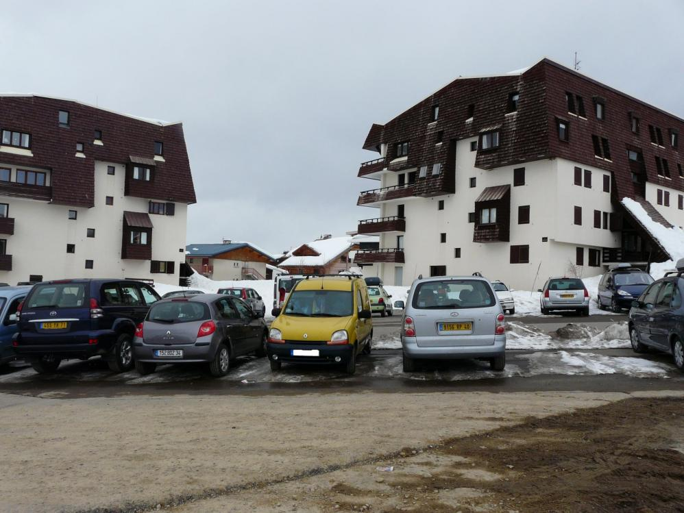 Stationnement Alpe d' Huez (ski)