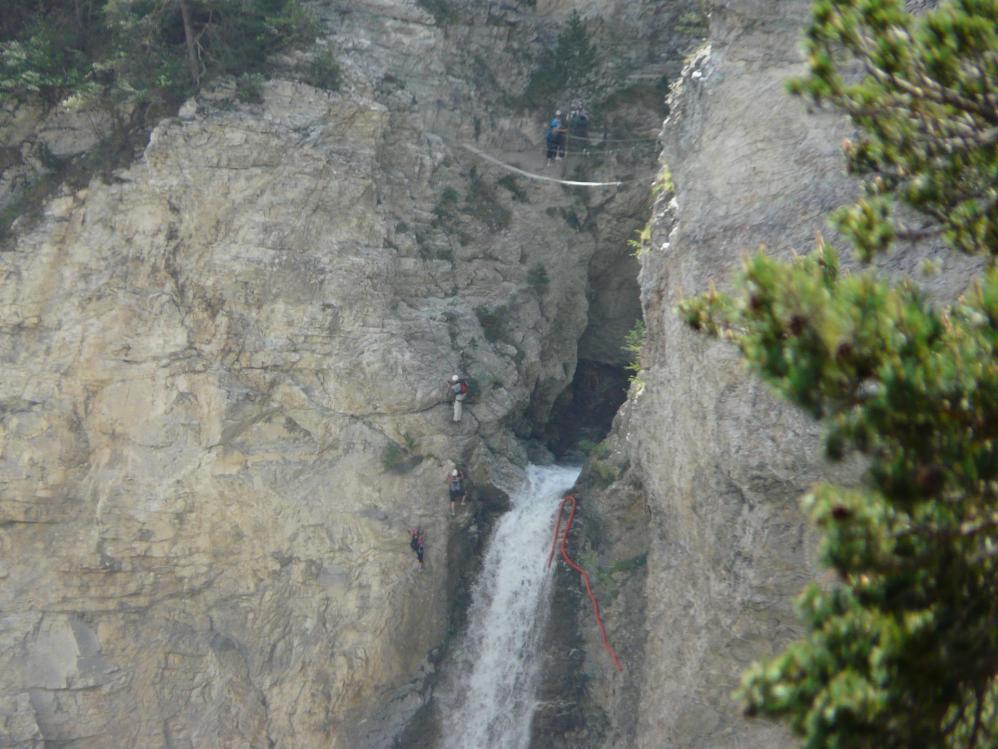 Montée au purgatoire à Aussois, le passage de la cascade