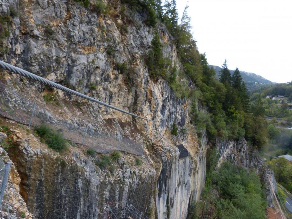 la tyrolienne ascendante côté arrivée (Morez)