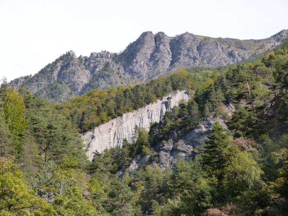 Cheminées de fée dans la montée vers Réallon