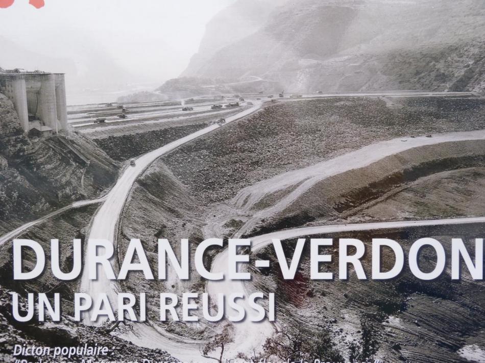 la construction du barrage poids de Serre Ponçon