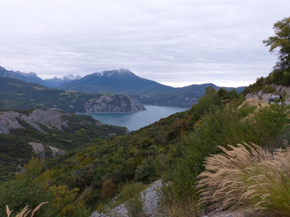 lac de Serre Ponçon depuis le col de Lebraut