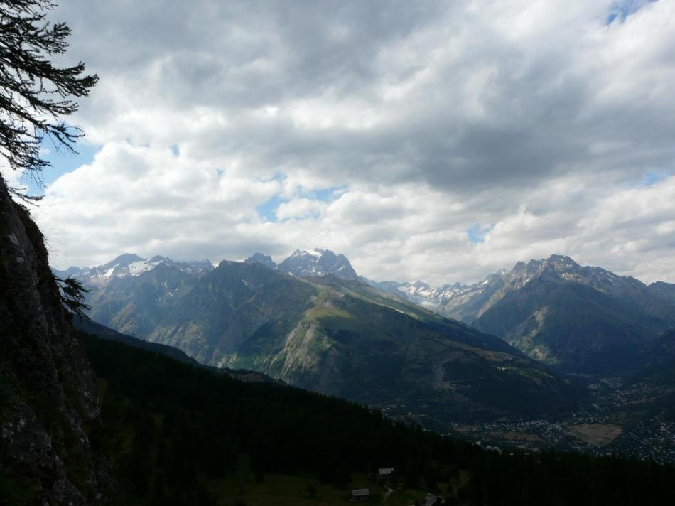 paysage montagne Pelvoux et lesEcrins