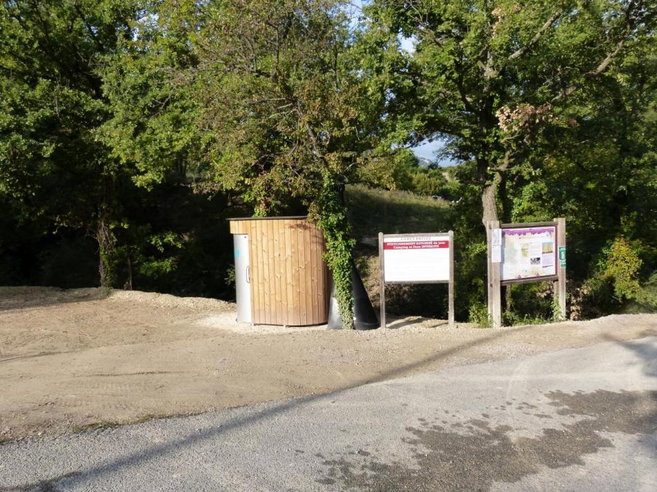 l' ancien parking du dite escalade ré aménagé (Rochers st Julien - Buis les Baronies)