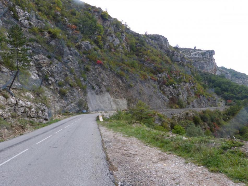 Descente vers la Rochette et St Auban