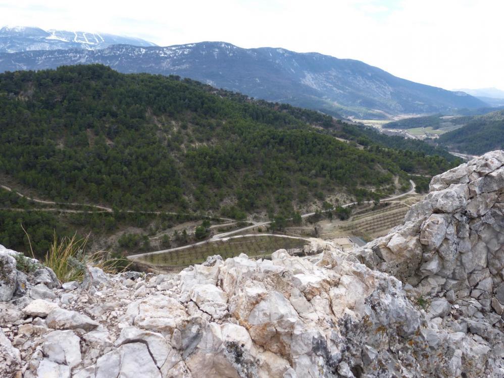 """""""La Testouriasso"""" La crête du rocher St Julien est atteinte, vue sur le versant sud."""