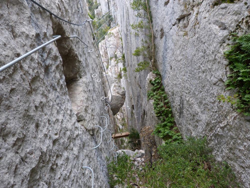 """""""la Roumpo quièu"""" va contourner le rocher coincé et remonter !"""
