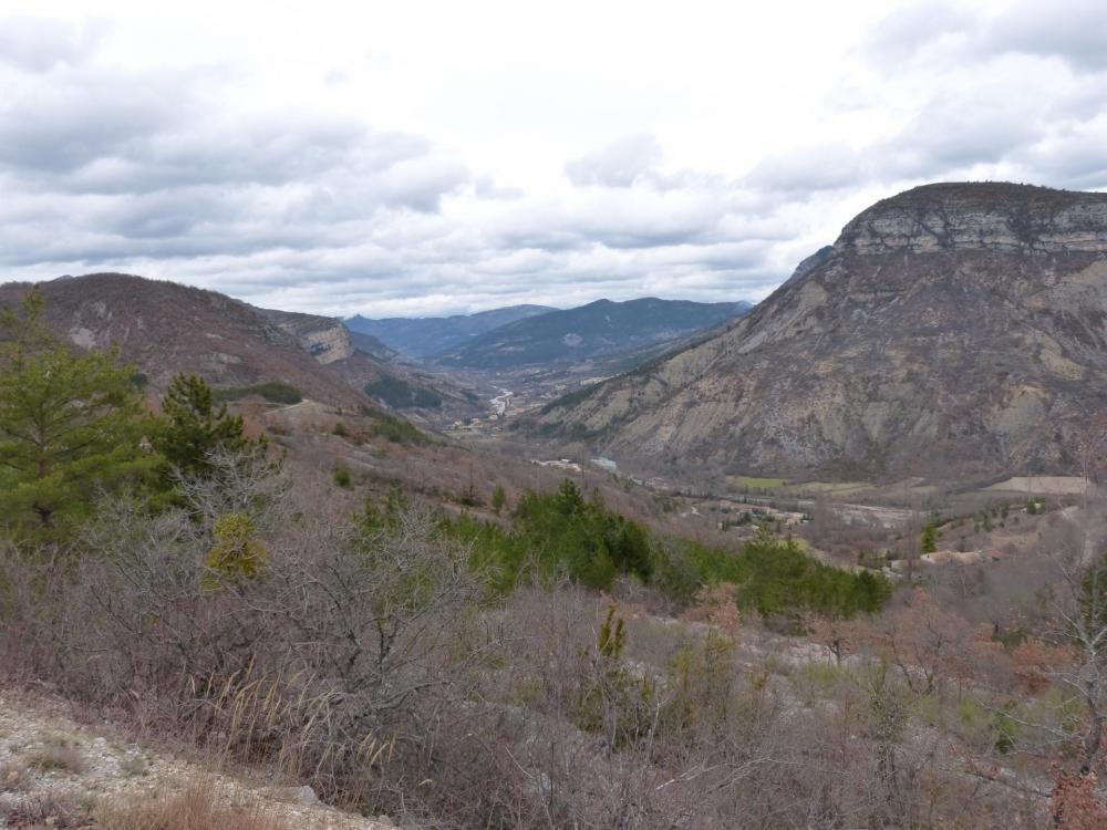 Vue sur la vallée de l' Eygues