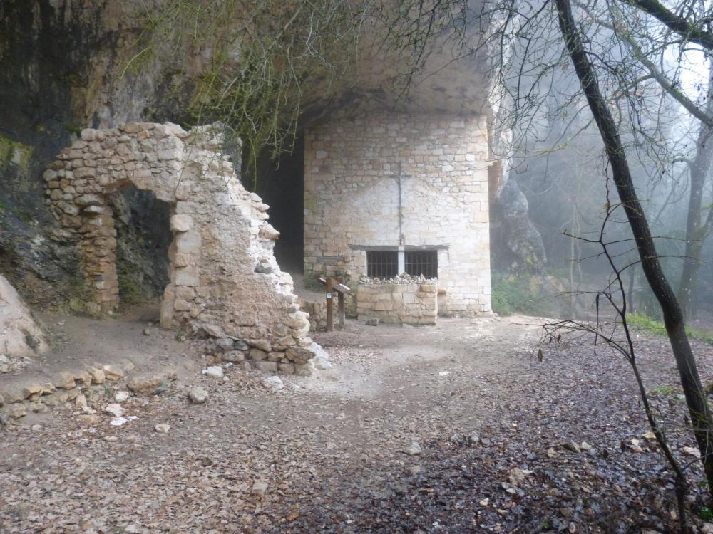 la chapelle St Michel dans les gorges de la Nesque