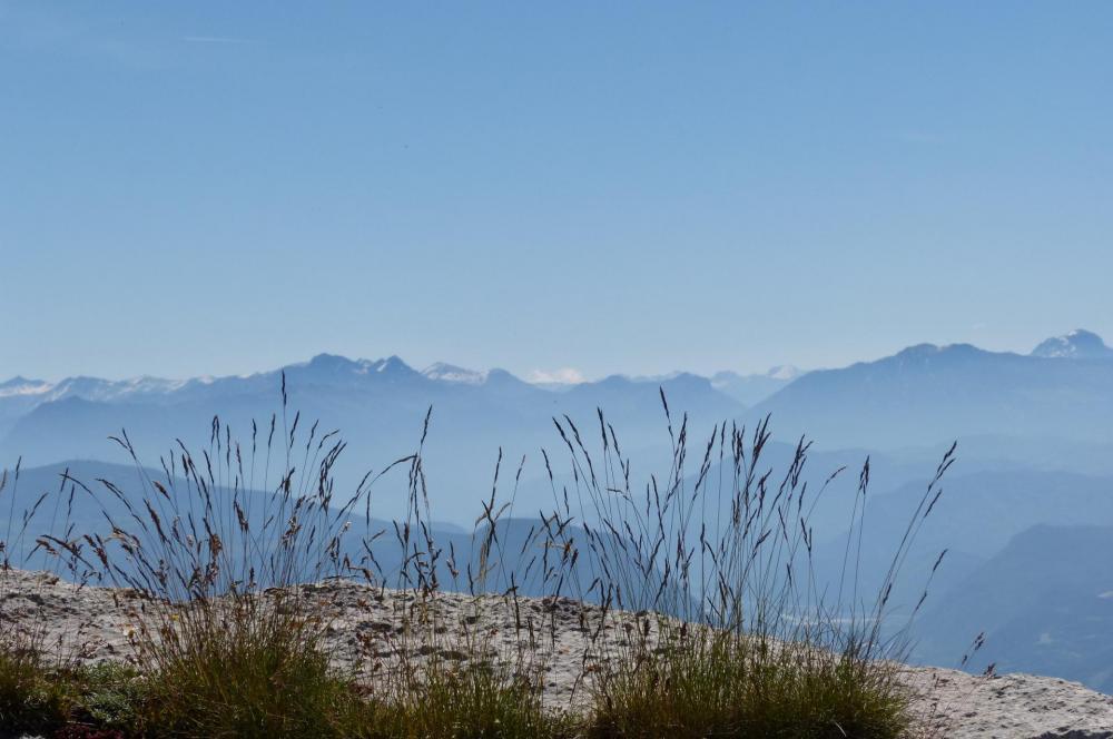 panorama magnifique depuis les corniches de Céüze