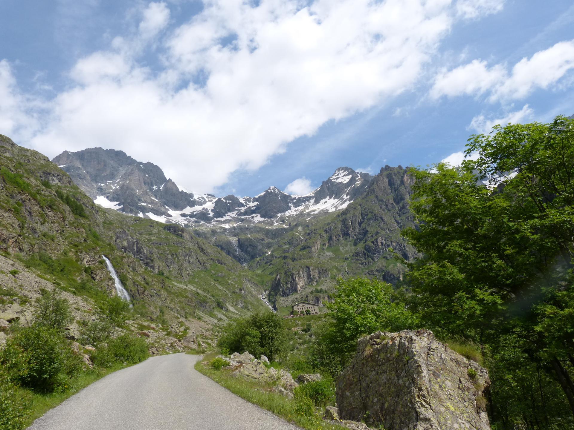 Montée à vélo du Gioberney (Htes Alpes)