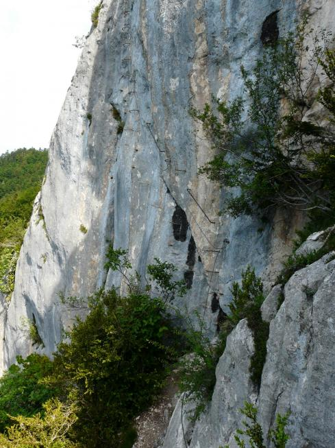 Traversée ascendante dans la première partie de Roche Veyrand