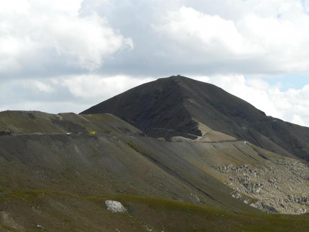 La montée finale du col de Bonette -Restefond