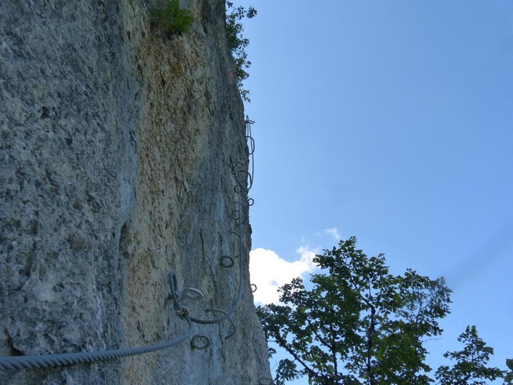 Encore une belle verticale légèrement traversante (via du Chatelard à bellevaux)