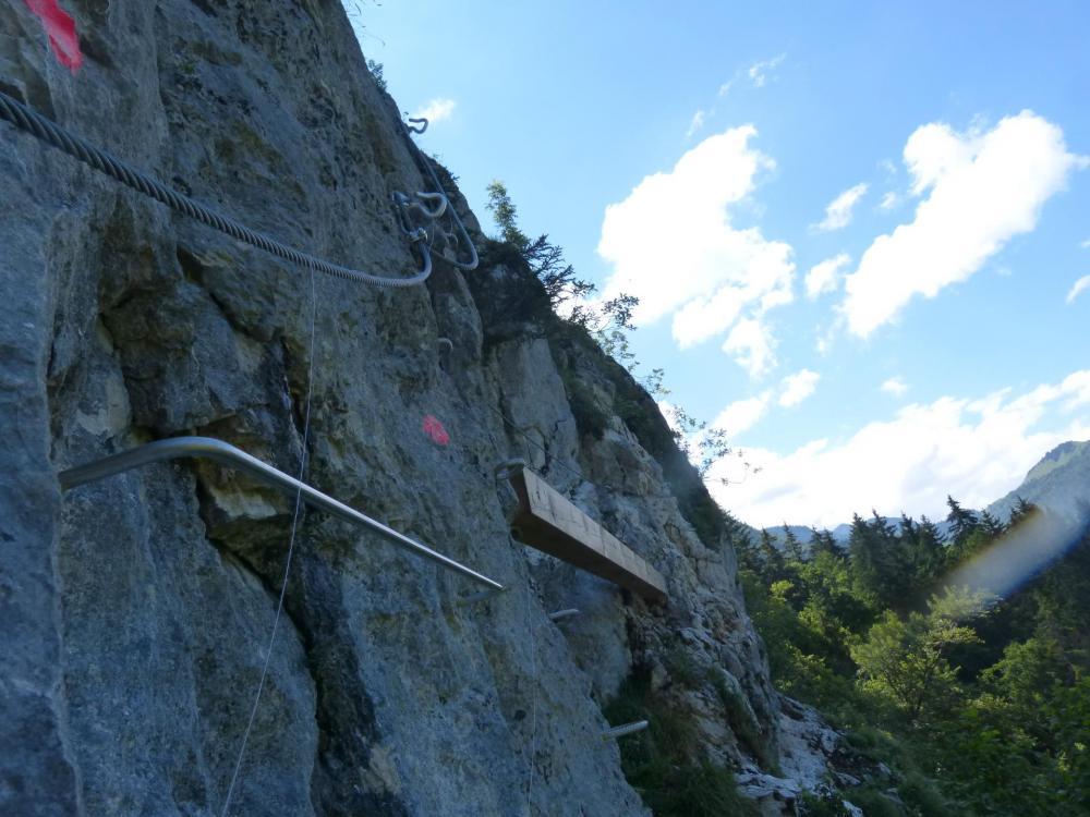 La poutre de la Chatelard avant la jonction avec la via de la Baume dite de la grotte de cristal.