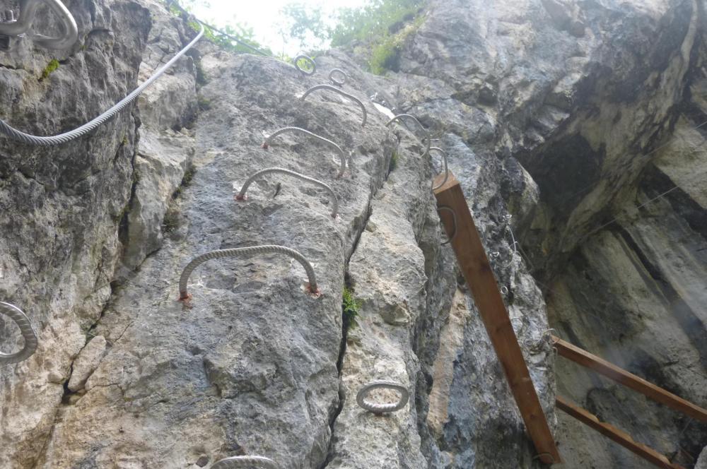dernier ressaut vertical avant de parvenir à la grotte