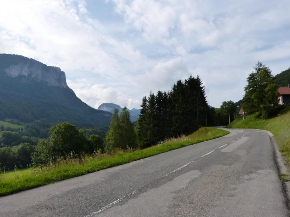 au départ de Bellevaux dans le col de Jamaz, en direction de Mégevette