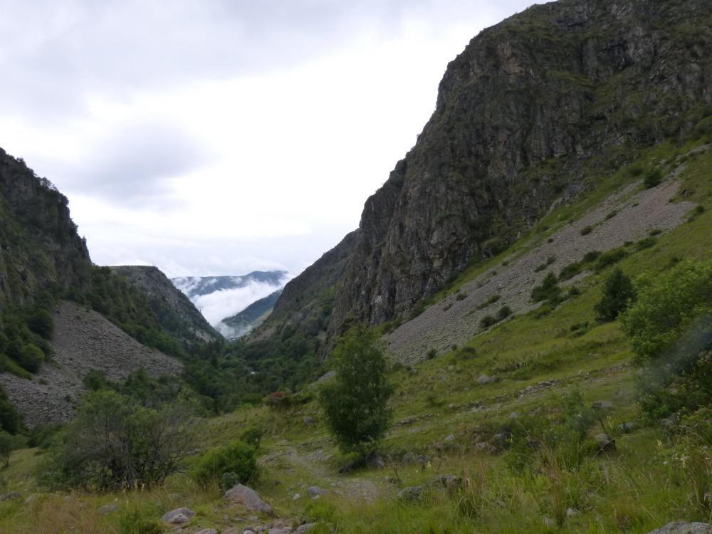 le rocher des vias ferrata  des gorges de Sarenne