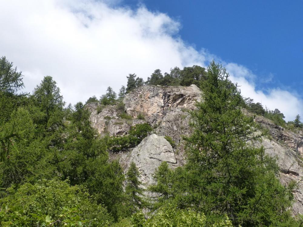 La via ferrata du rocher du Bez (parcours 2) Villeneuve-la-Salle (Hautes Alpes)