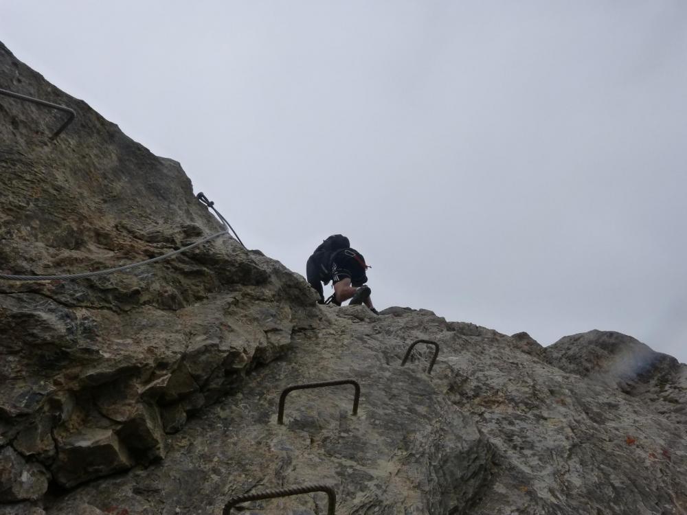 En route vers le sommet de l' aiguillette du lauzet