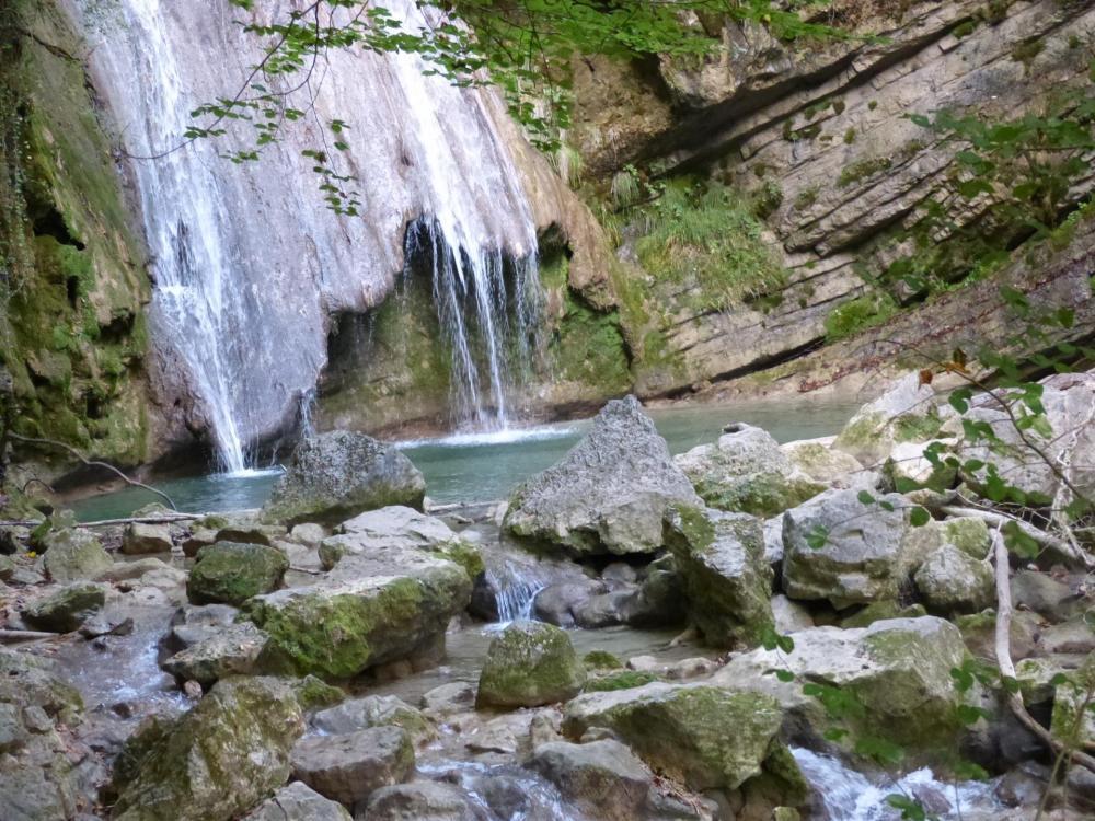 les cascades sont de plus en plus belles et grandes