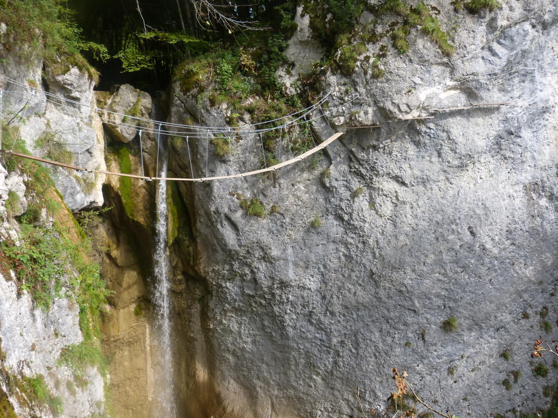 Via ferrata du rocher de l' Envers à St Vincent de Mercuze