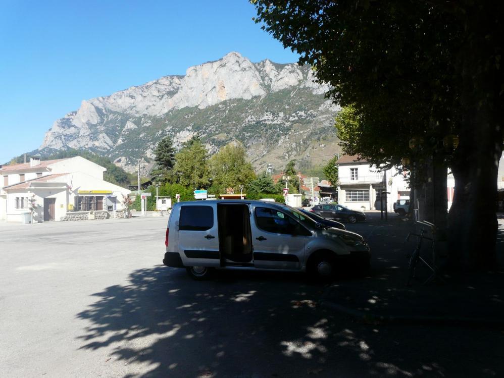 parking à Les Cabannes (Ariège)