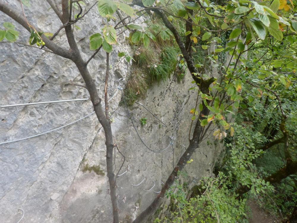 c' est en fait un bon petit mur vertical pour en finir avec la via du rocher de l' Envers