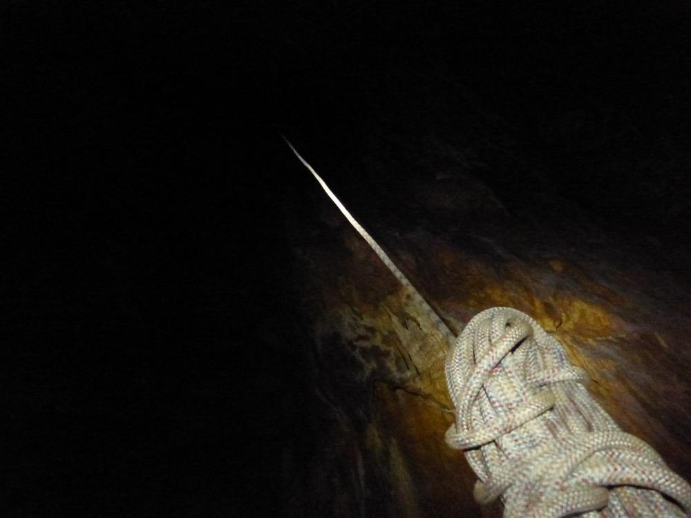 ... avant de remonter à la surface .... Gouffre des Ordons à Mont rond le chateau