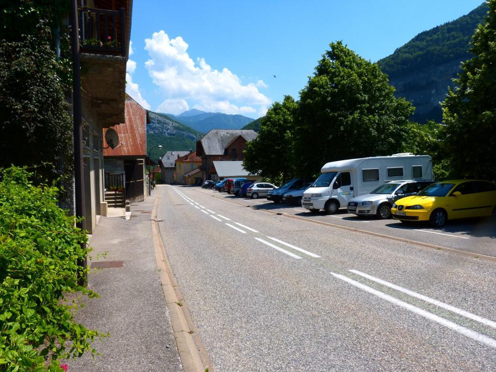 Stationnement à Allèves (74)