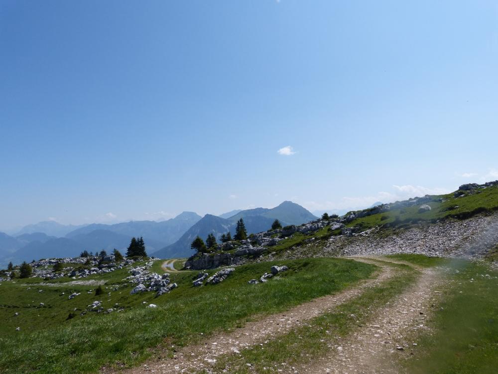 A l' approche du sommet du Margeriaz, belle vue rétro !