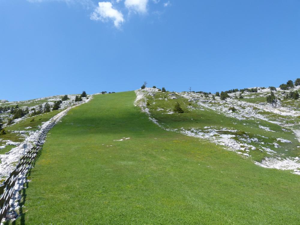 Une belle piste de ski sous le Margeriaz