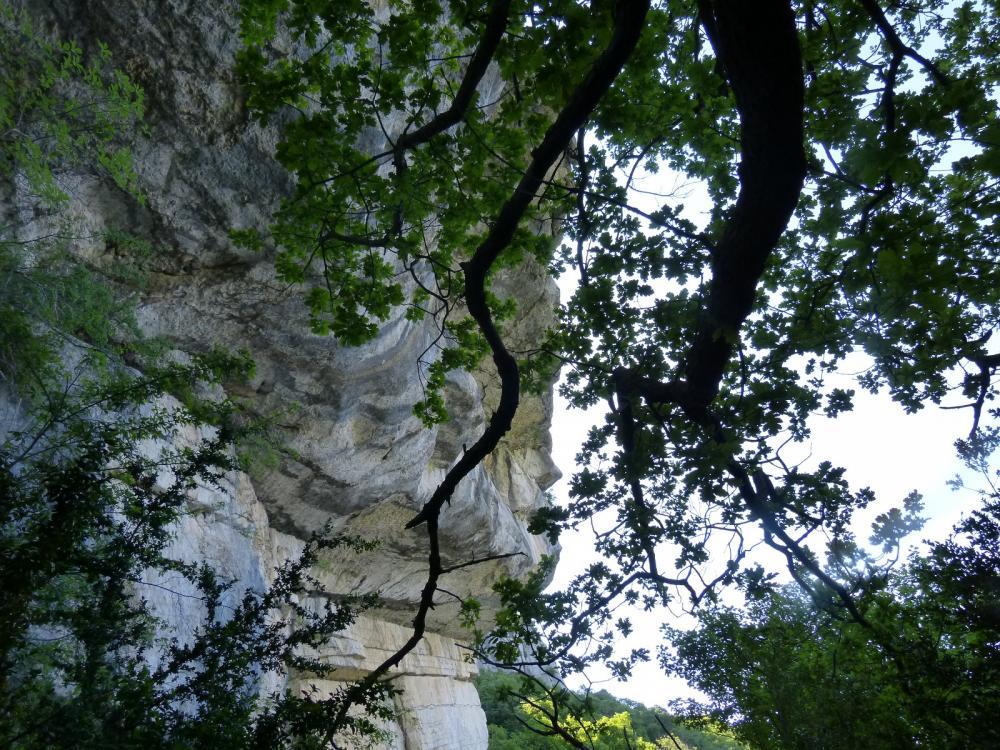 passage sous le roc de Tormery