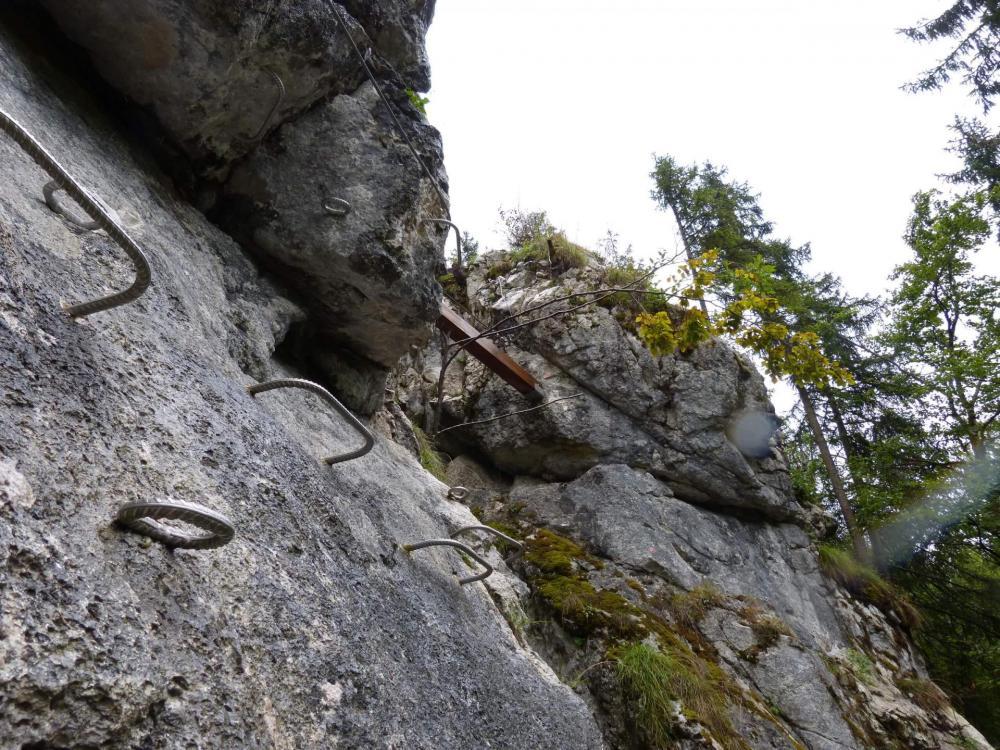 J' arrive dans le haut de la via ferrata de la cascade des nants à Bellevaux