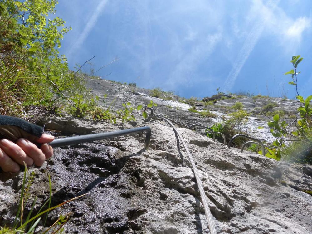 Saix de Miolène, tronçon du Chamois, la Para Néra première belle verticale de la via des Saix de Moliène