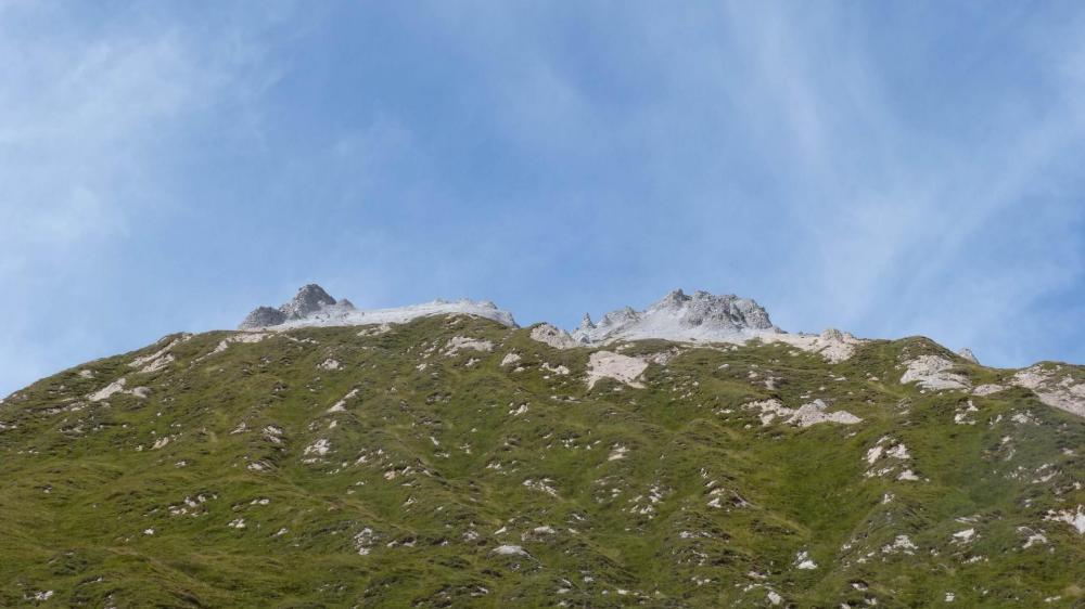 On s' éloigne du Petit Mont Blanc
