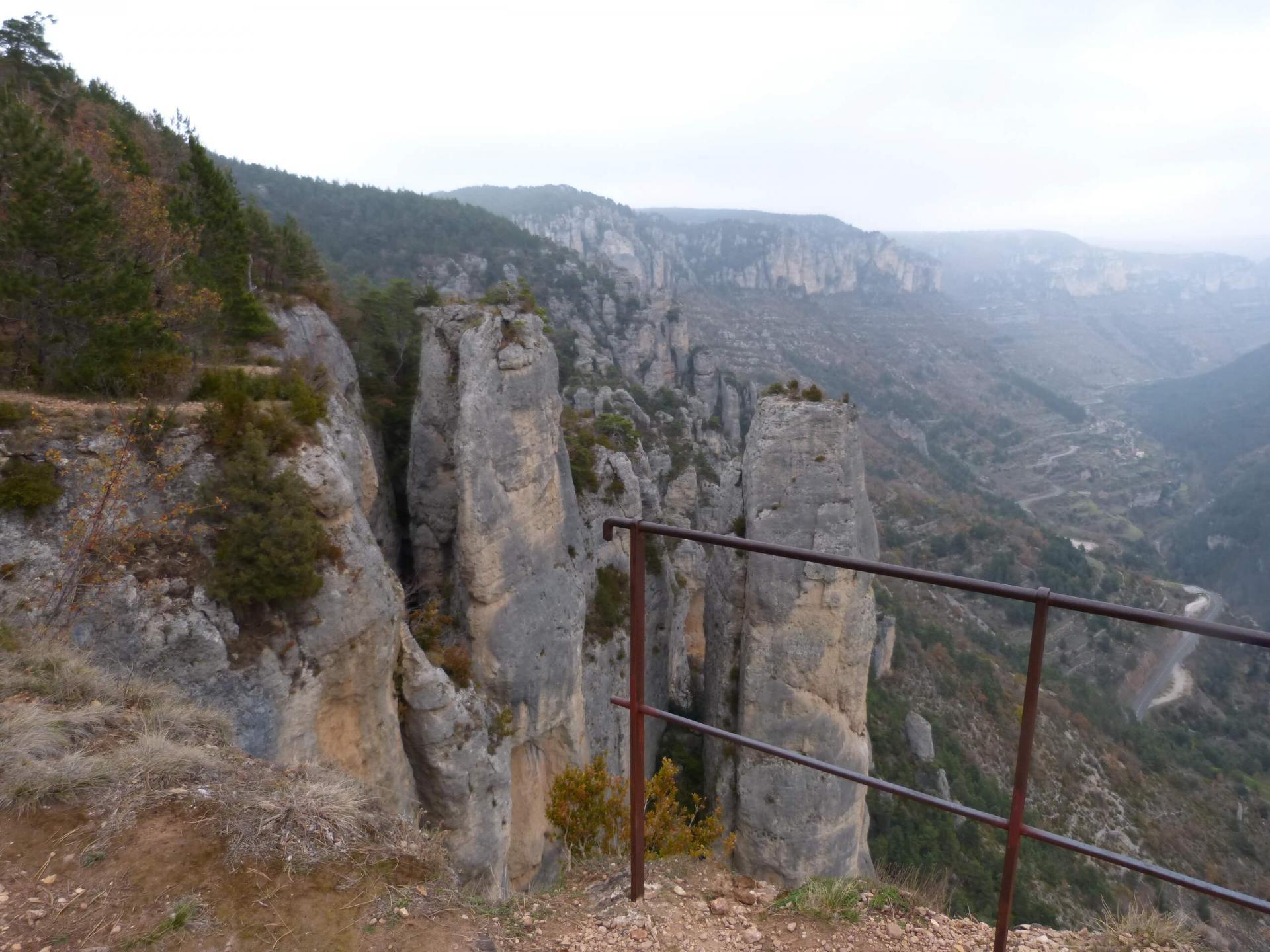 Randonnée corniches du Causse Méjean