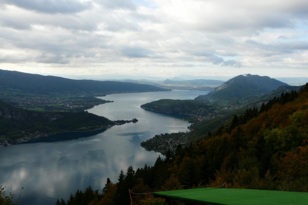 lac d'Annecy depuis le col de la Forclaz par une mulière inhabituelle !