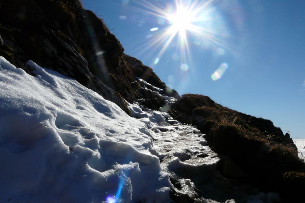 La Tournette - la neige est déjà installée sur le sentier !